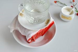 Пасха с глазурью из белого шоколада - фото шаг 7