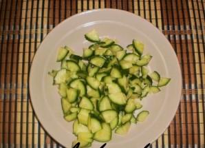 """Салат """"Ромашка"""" с корейской морковью - фото шаг 4"""