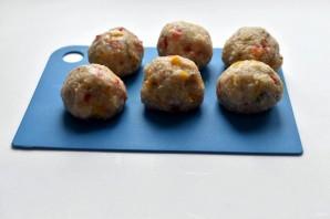 Индюшиные тефтели с рисом и перцем в томатном соусе - фото шаг 6
