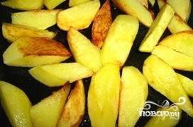 Капуста тушеная с картофелем - фото шаг 1