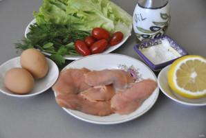 Зелёный салат с красной рыбой - фото шаг 1