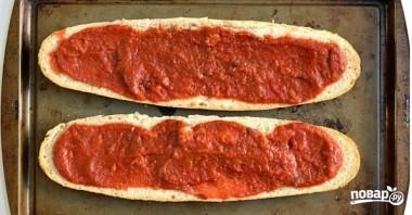 Пицца на батоне в духовке - фото шаг 2