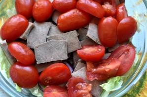 Салат с пряным языком и овощами - фото шаг 5