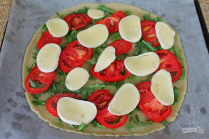 Пицца с рукколой и моцареллой - фото шаг 7