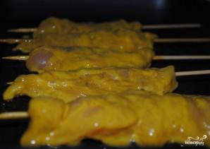 Шашлык из курицы на шпажках - фото шаг 5