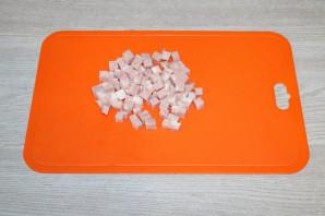 Слоёный салат с жаренными шампиньонами - фото шаг 3