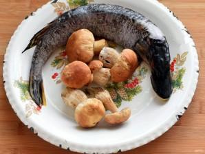 Щучьи котлеты под соусом из белых грибов - фото шаг 1