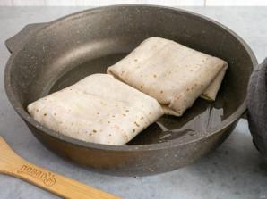 Тортилья с ветчиной и сыром - фото шаг 10