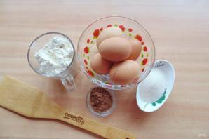Двухцветный бисквит - фото шаг 1