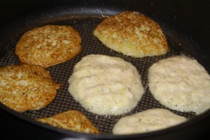 Блинчики из кабачков и картошки - фото шаг 3