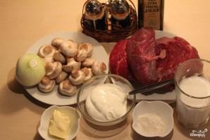 Тушеная говядина в сметанном соусе - фото шаг 1