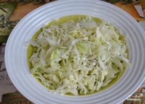 Капустный салат с омлетом - фото шаг 2