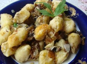 Ленивые картофельные вареники с грибами - фото шаг 5