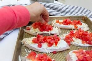 Курица с помидорами и сыром в духовке - фото шаг 2