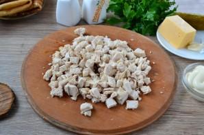 Мясной салат с блинчиками - фото шаг 4