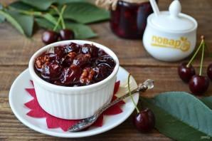 Варенье из черешни с грецкими орехами - фото шаг 6