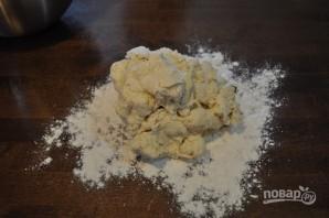 Тесто на пельмени на воде - фото шаг 3