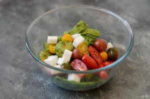 Салат с брюссельской капустой и стручковой фасолью - фото шаг 6