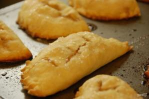Пирожки с яблочной начинкой в духовке - фото шаг 13