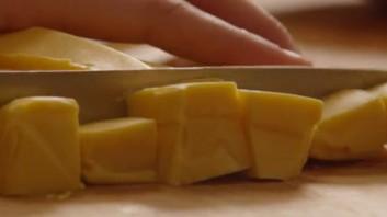 Крем-суп из брокколи с сыром - фото шаг 3