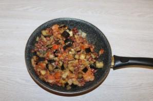 Салат с баклажанами и фасолью - фото шаг 12