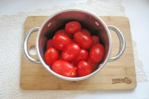 Засолка помидоров в кастрюле - фото шаг 3