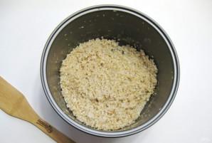Ячневая каша на воде в мультиварке - фото шаг 4