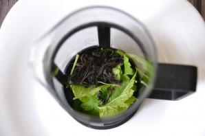 Чай из листьев черной смородины - фото шаг 2