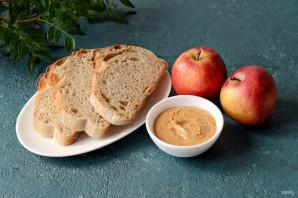 Бутерброды с арахисовой пастой - фото шаг 1
