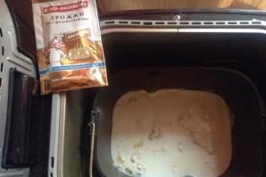 Тесто на кефире в хлебопечке - фото шаг 3