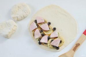 Кальцоне с цукини, оливками и моцареллой - фото шаг 11