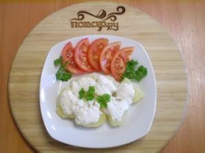 Картофель под чесночно-сырным соусом - фото шаг 5
