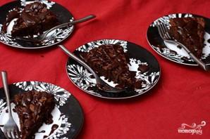 Шоколадный пирог с глазурью - фото шаг 4