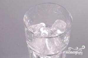 Алкогольный напиток голубого цвета - фото шаг 1