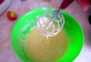 Яблочная шарлотка на скорую руку - фото шаг 6