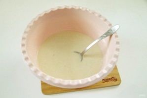 Вкусные блинчики на молоке с дырочками - фото шаг 3