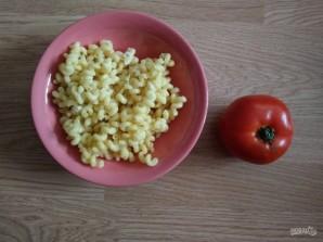 Макароны с помидорами и колбасой в мультиварке - фото шаг 2