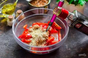 Салат с тунцом и фунчозой - фото шаг 7