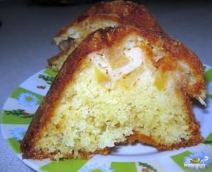 Яблочная шарлотка в духовке - фото шаг 6
