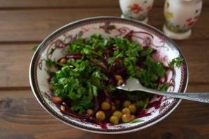 Диетический салат со свеклой - фото шаг 5