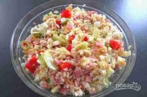 Салат с рисом и тунцом - фото шаг 6