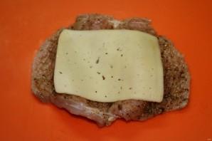 Стейки с грибами и сыром - фото шаг 10