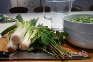 Суп-пюре из горошка с мятой - фото шаг 1