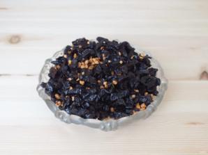 Пирог с черносливом и сметаной - фото шаг 6