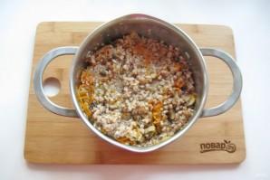 Куриный рулет с гречкой и грибами - фото шаг 4