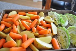 Картофель с капустой в духовке - фото шаг 4
