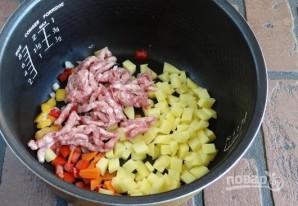 Овощное рагу с фаршем в мультиварке - фото шаг 4