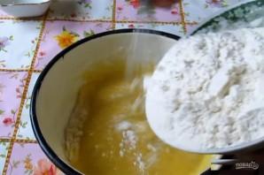Печенье в формочках на газу - фото шаг 4
