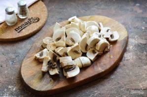 Салат с кинзой и грибами - фото шаг 3