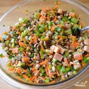 Сытный салат с черноглазкой - фото шаг 11